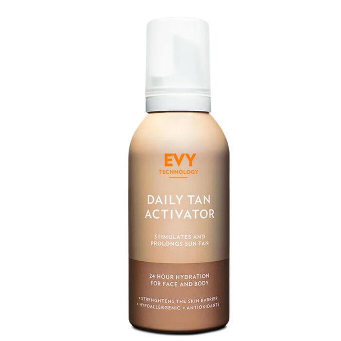 Daily Tan Activator Crema de corp hidratanta pentru mentinerea bronzului 150 ml