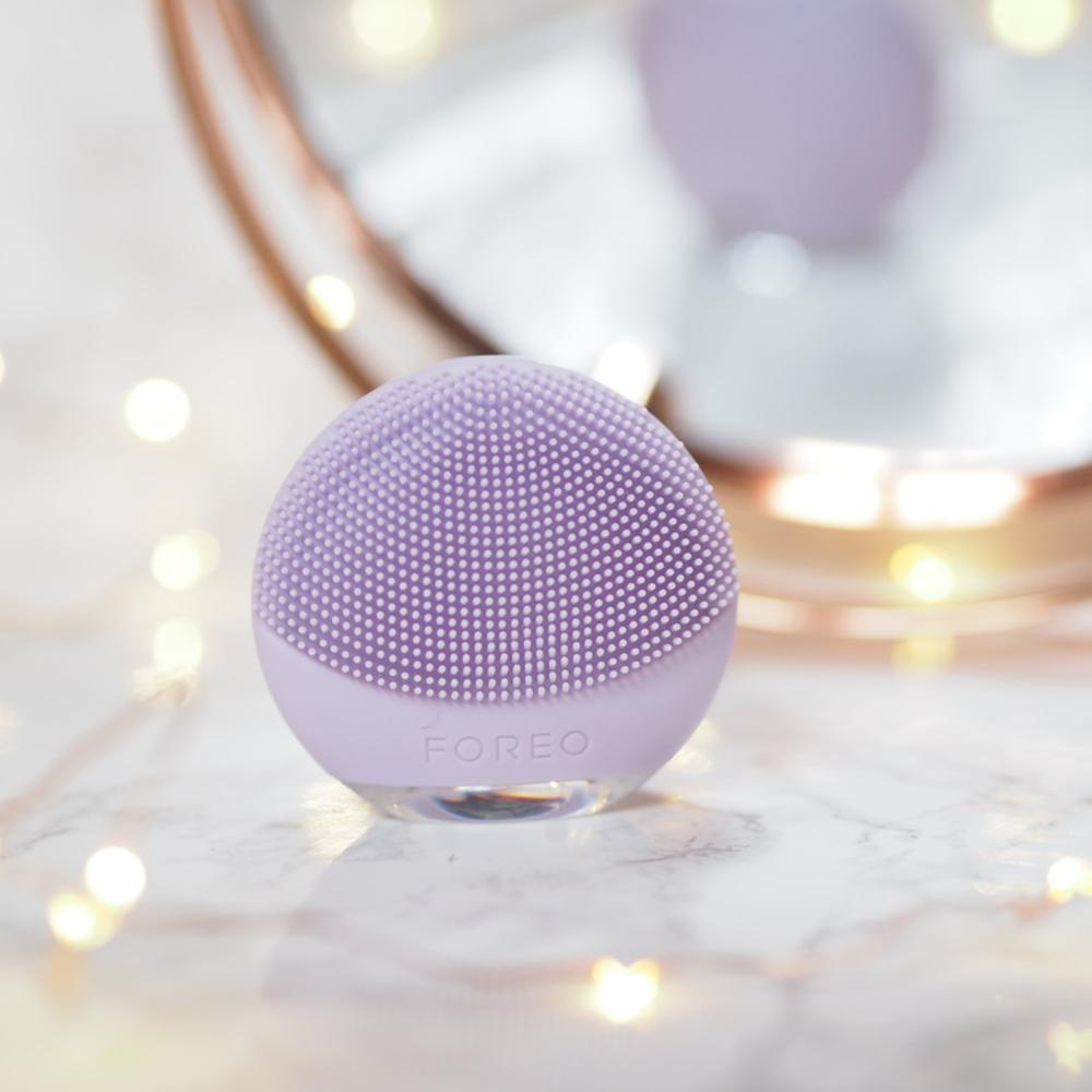 Luna GO Perie de curatare pentru fata pentru ten sensibil Femei Violet
